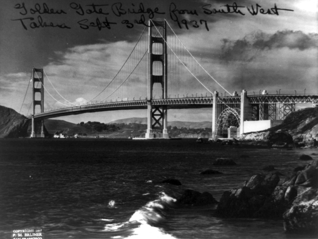 Golden_Gate_Bridge_1937_LOC as Smart Object-1