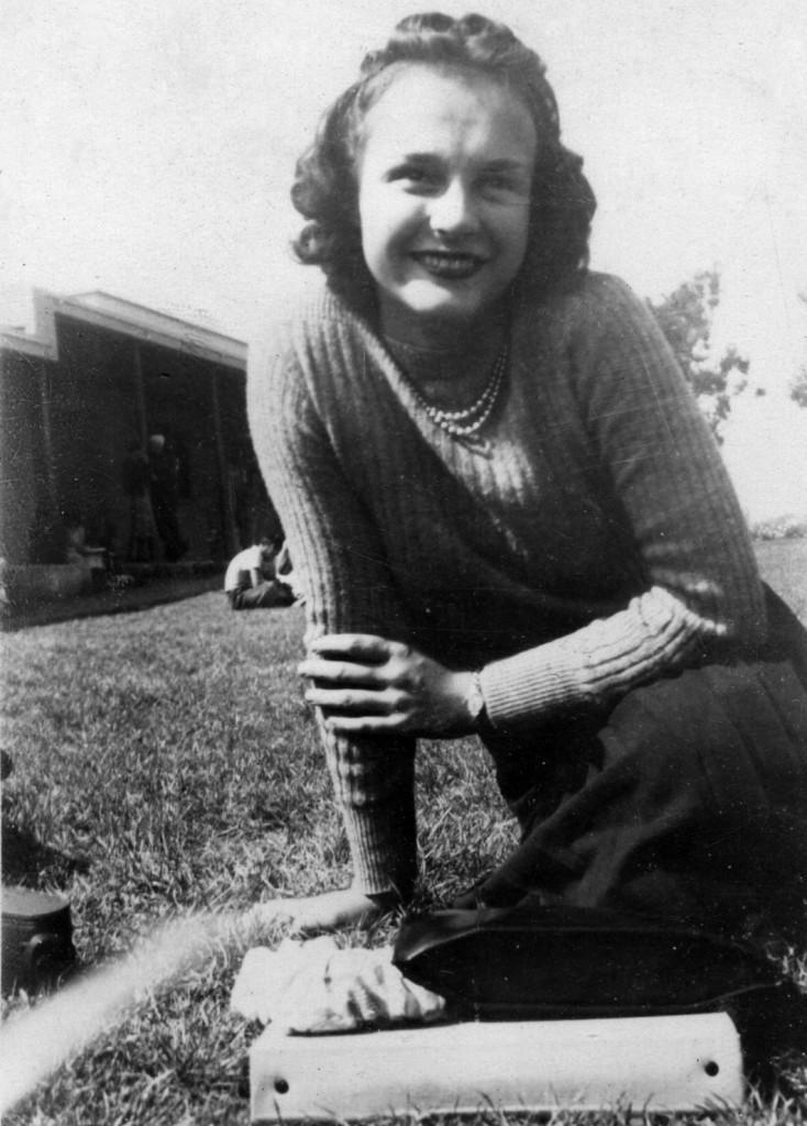 Jeanne Helen Hussey2