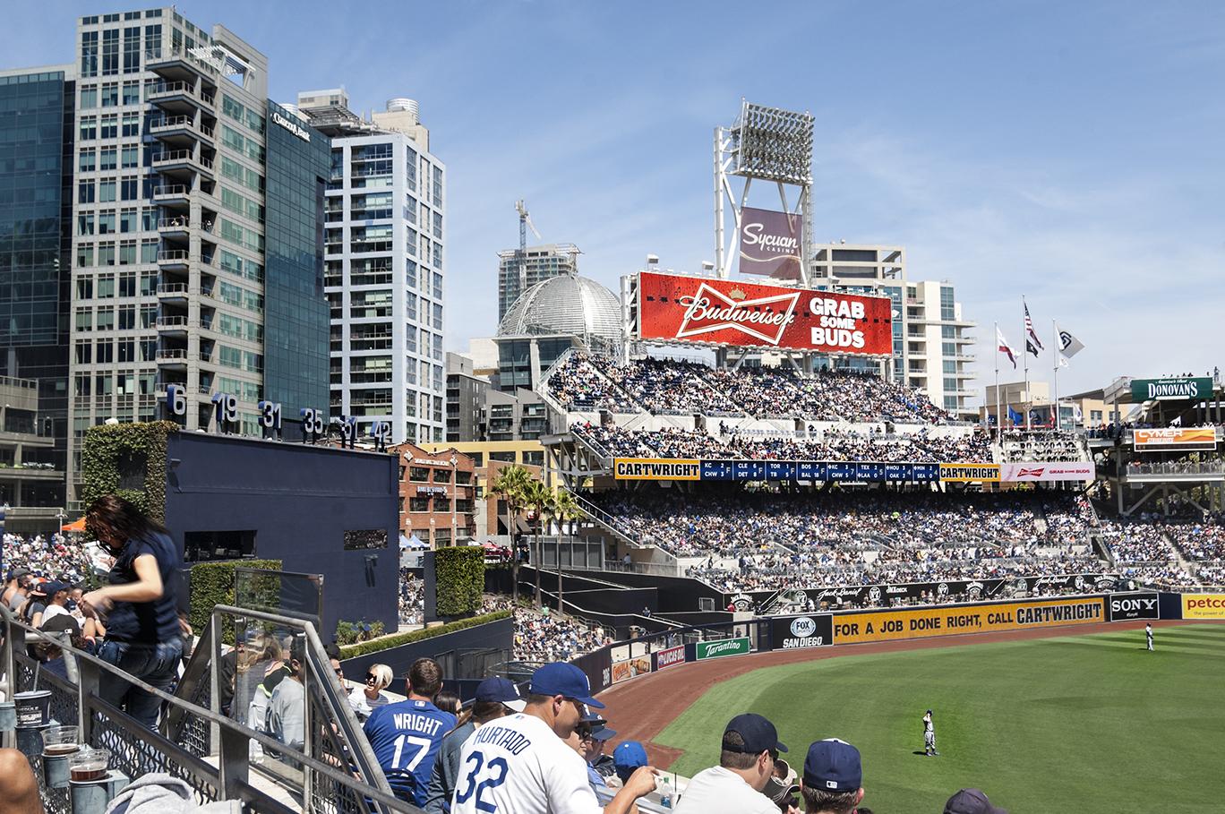 Padres_Dodgers_Apr26_2015_0475