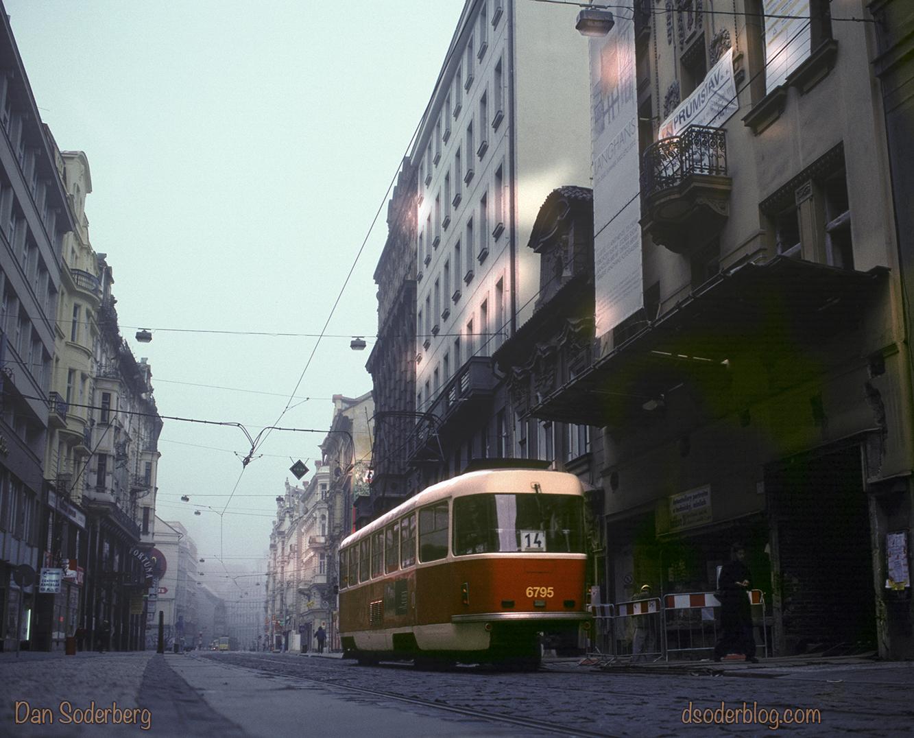 prague-street-car-4